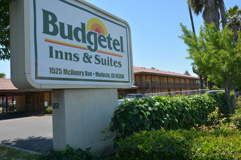 Sign:  Budgetel Inn and Suites, Modesto